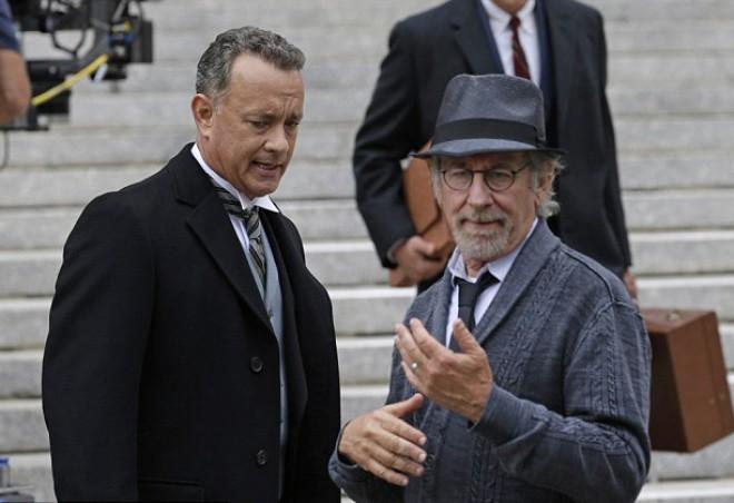Še nenaslovljen vohunski triler je ponovno združil Toma Hanksa in Stevena Spielberga.