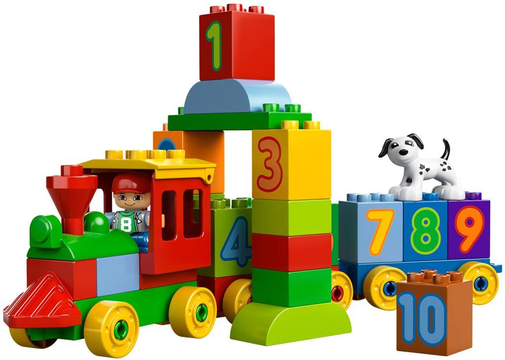 Prve Lego kocke s katerimi se otrok sreča so običajno Duplo.