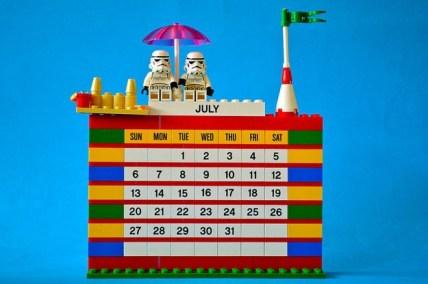 Lego kocke lahko uporabite za izdelavo koledarja.