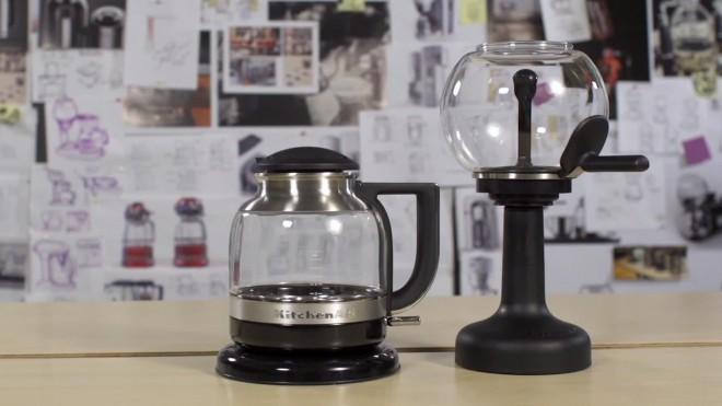 KitchenAid predstavlja dizajn, ki je značilen za pripravo ameriške kave.