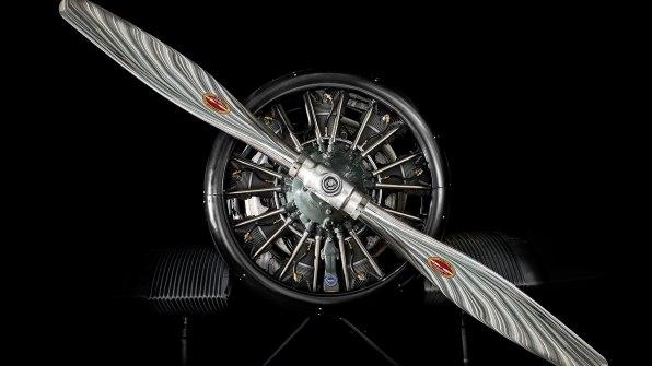 Letalo Rimowa F13