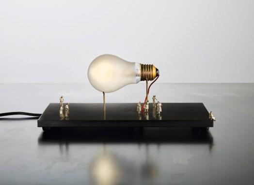 Svetlika I Ricchi Poveri - Monument for a Bulb