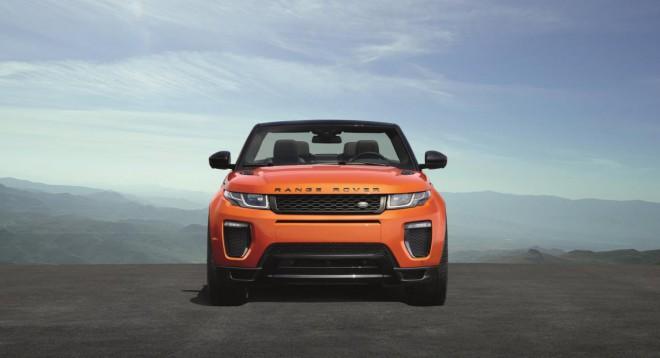 Range Rover Evoque Convertible lahko preklopi iz zime na poletje v nekaj sekundah.