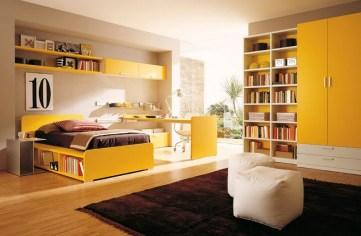 Otroška soba v sončno rumenih odtenkih