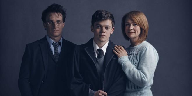 Gledališki Harry Potter, Albus Potter in Ginny Potter (nekoč Weasley).