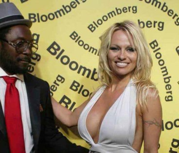 Will.i.am in Pamela Anderson