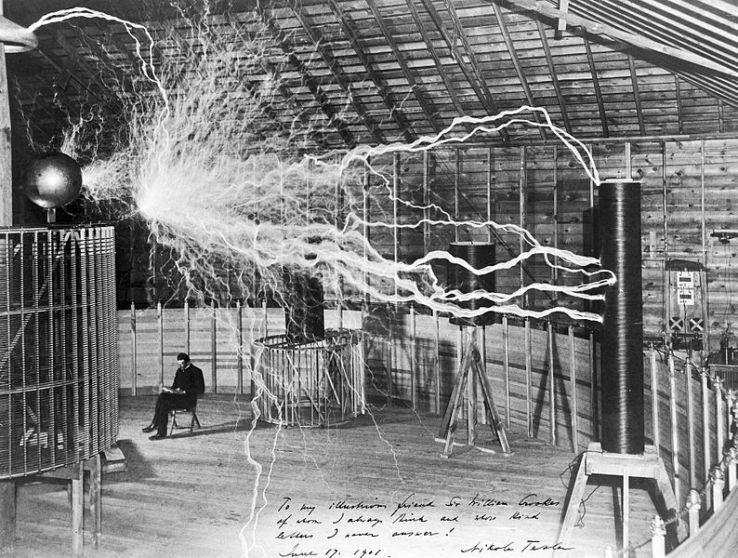 Tesla in njegov električni prenosnik