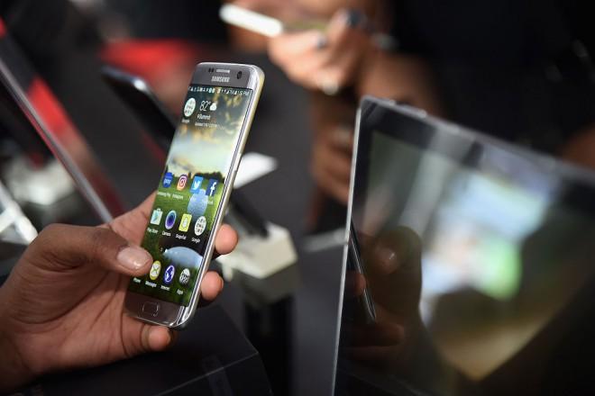 Nesrečni Samsung Galaxy Note 7 že kmalu dobiva naslednika.