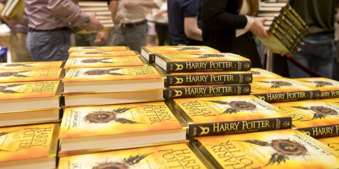 Knjiga Harry Potter and the Cursed Child zdaj tudi v slovenščini!
