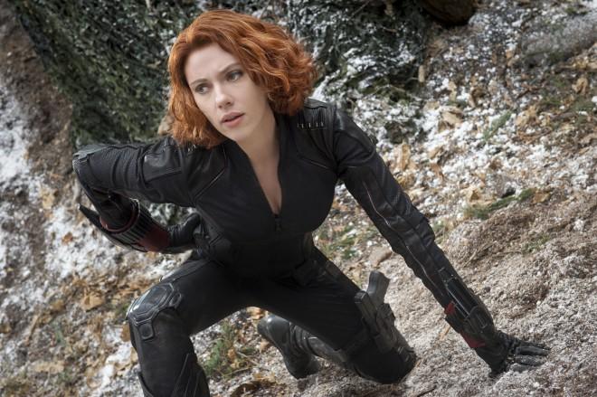 Scarlett Johansson v vlogi Črne vdove.