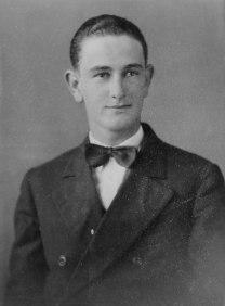 Lyndon Johnson, 18 let