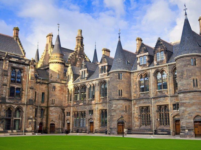 30. Glasgow, Škotska
