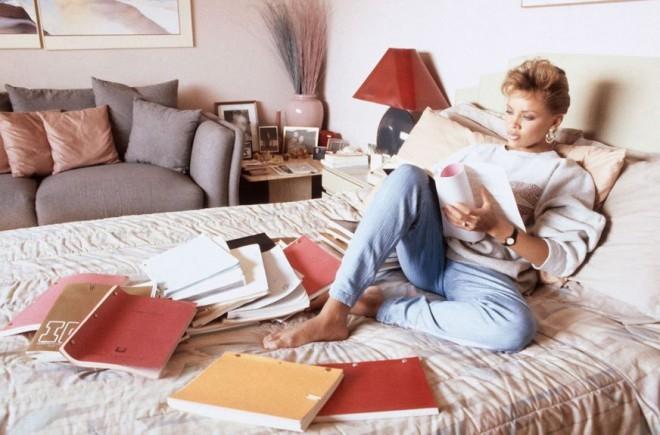 Če ste pod stresom, se zakopljite v knjige