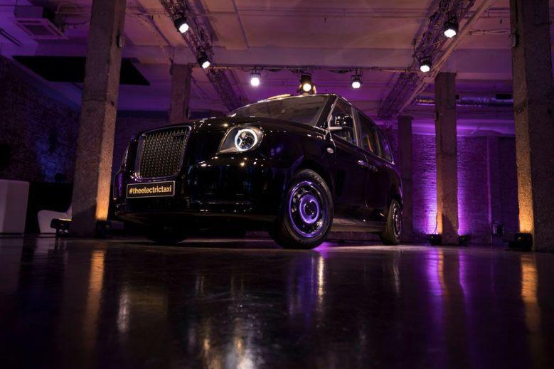 Sloviti londonski taksi na elektriko