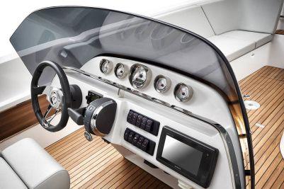 Frauscher 858 Fantom Air Dayboat: čoln za vsak dan