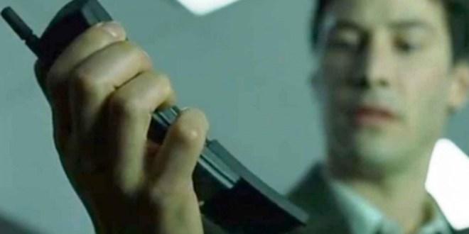 Keanu iz Matrice bi bil ponosen na tak telefon in bi si vsekakor želel imeti Nokio 8110 4G.
