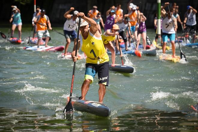 Supanje lahko preraste v pravo športno aktivnost (na fotografiji Ljubljanica SUP Challenge).