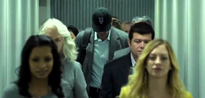 Ben Affleck je na koncu nosil kapo z znakom Metsov.