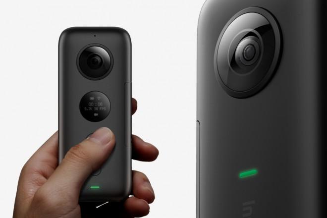 Kamera se lahko pohvali z različnimi triki.