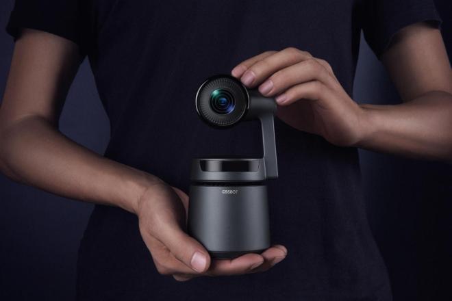 Kamera obeta dobre video vsebine tudi v slabih svetlobnih razmerah.