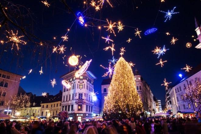 Prižig prazničnih lučk v Ljubljani 2019 bo potekal 29. novembra ob 17.15.