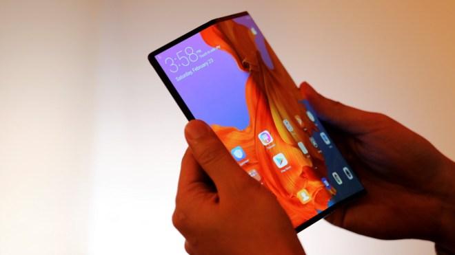 Pametni telefon Huawei Mate X