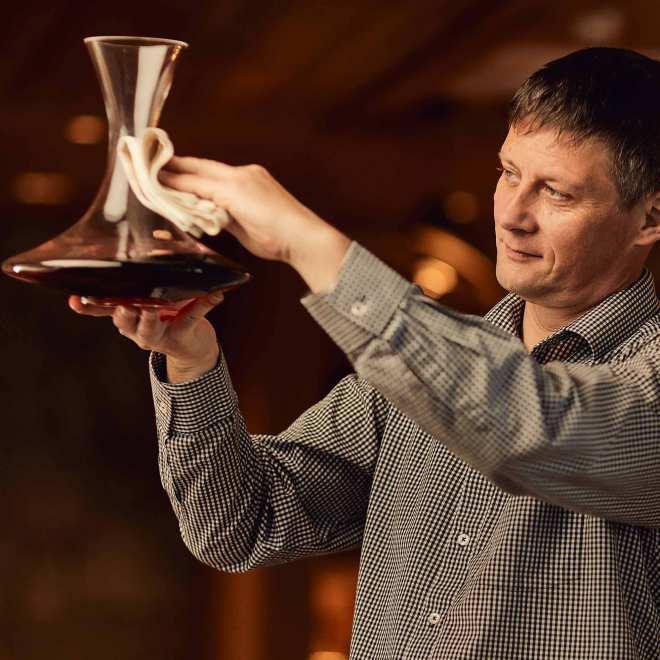 Marko Koren je ustvaril zavidljivo zbirko slovenskih vin z več kot 120 etiketami.