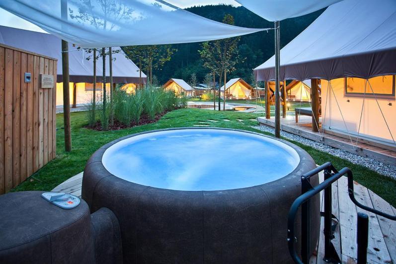 Herbal glamping resort Ljubno (Foto: Booking.com)