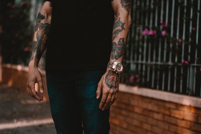Lepa moška ura je edini nakit moškega!