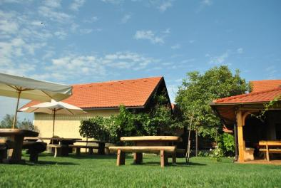 Turistična kmetija Puklavec (Foto: Booking.com)