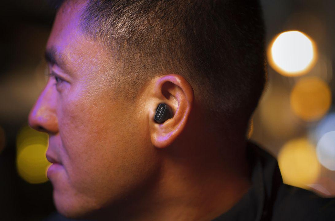 Brezžične ušesne slušalke Earin A-3 Foto: Earin