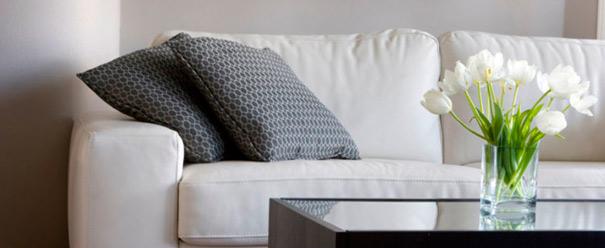 Sofa og bord