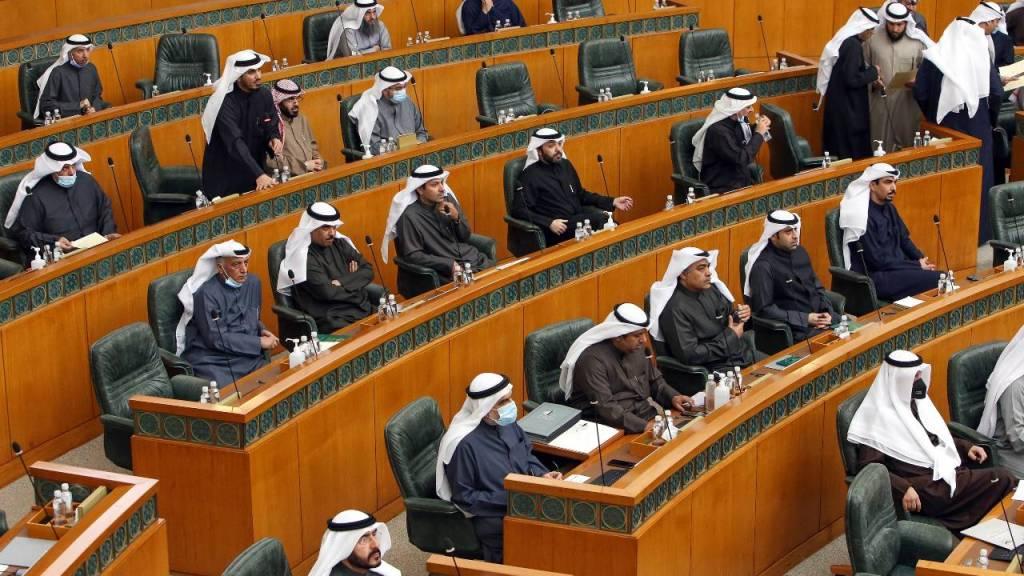 kuwait,-si-sono-dimessi-tutti-i-ministri:-le-cause