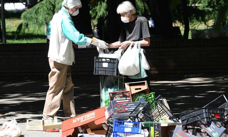 uno-shock-economico-e-un-nuovo-scenario-dopo-la-pandemia:-i-nuovi-poveri