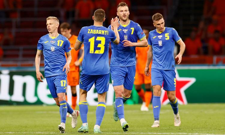 olanda-ucraina,-le-pagelle-di-cm:-malinovskiy-sbaglia-tutto,-yarmolenko-e-dumfries-show.-depay-non-brilla