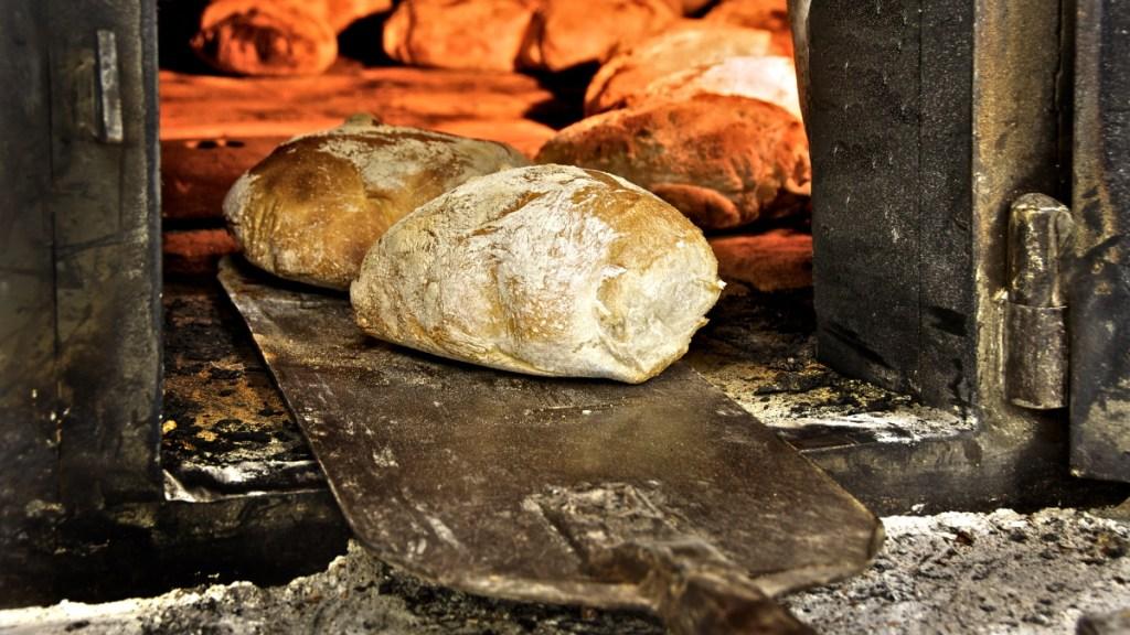 chi-fa-il-pane-piu-buono-di-tutta-italia?-queste-le-panetterie-migliori,-premiate-da-gambero-rosso