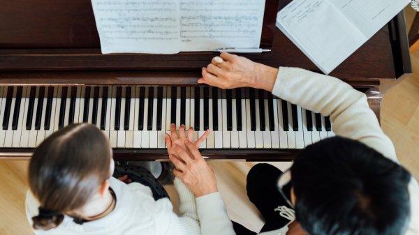 insegnante-di-musica-e-al-contempo-terapista-sessuale,-si-puo-fare