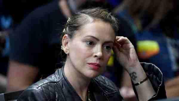 alyssa-milano:-la-star-di-streghe-arrestata-davanti-alla-casa-bianca