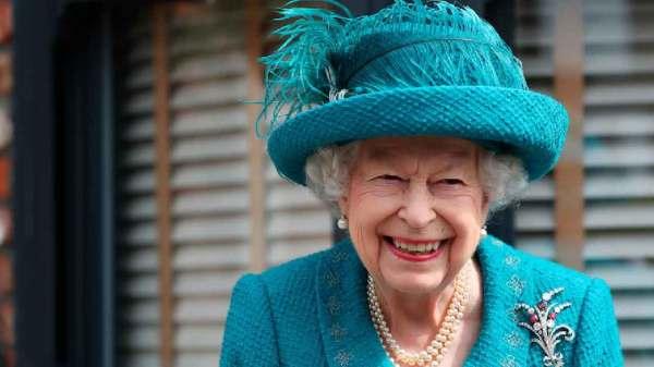 perche-la-regina-elisabetta-e-andata-in-ospedale?-ecco-cosa-sappiamo