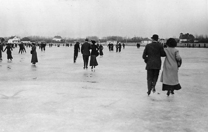 Skating on McKernan Lake, November 15, 1913. Image courtesy of the City of Edmonton Archives EA-10-2219.