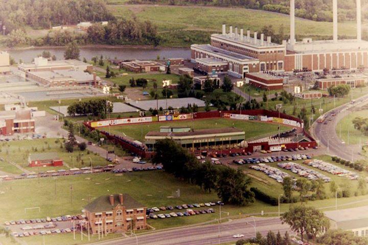 Renfrew Ball Park, circa 1979, on the site of Telus Field. Taken from AGT Vista 33 (now TELUS Plaza). Courtesy of Roland Bressmer.