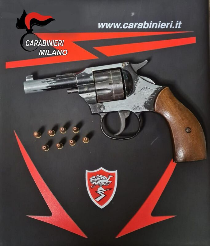 pistola carabinieri-4