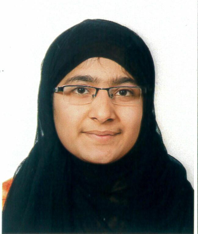 Saman Abbas scomparsa da un mese: il video degli uomini con la pala e le ricerche nei canali