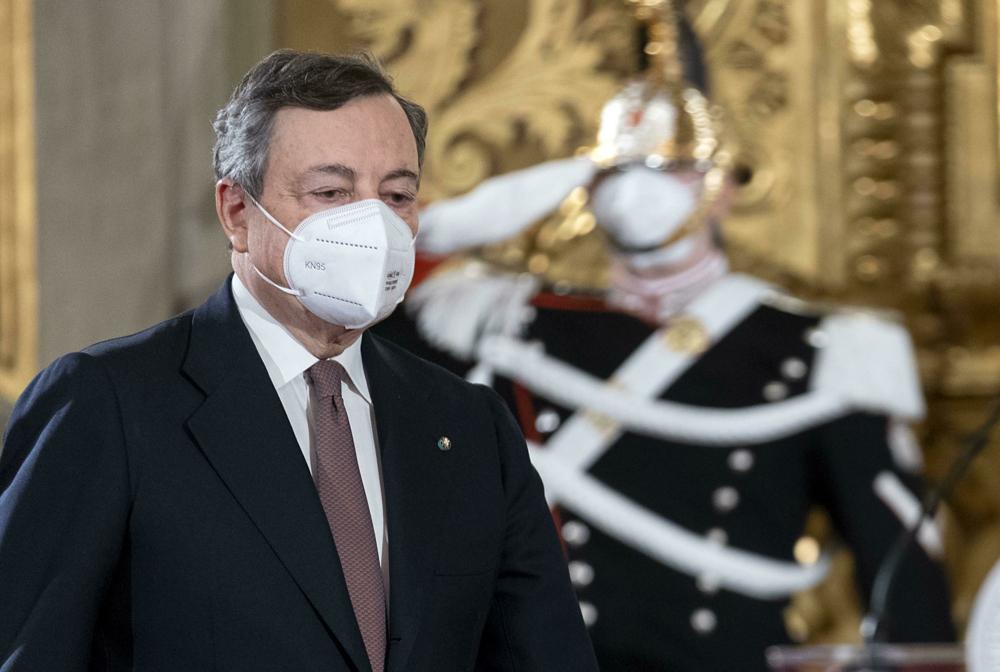 """Draghi presenta il Sostegni bis: """"Un decreto che non lascia indietro  nessuno"""""""
