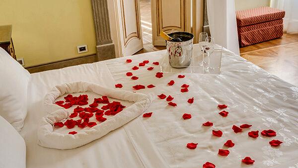 Blog oltre 20 belle idee per camere da letto per piccole stanze da provare. Idee Romantiche Per Arredare La Camera Da Letto A San Valentino