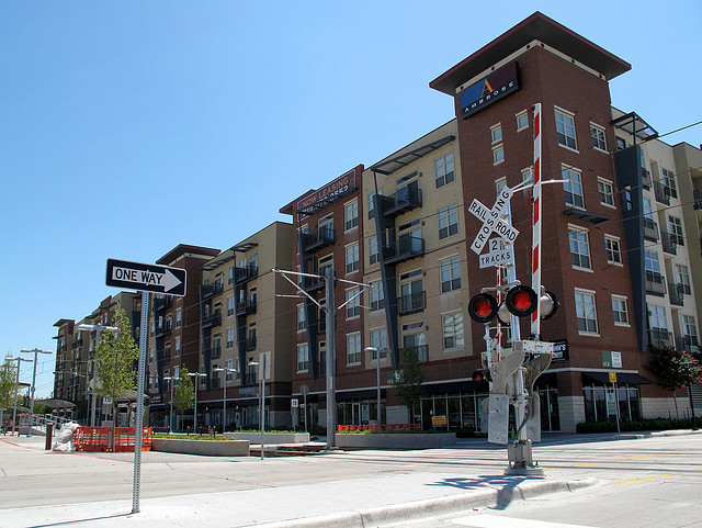 New housing in Dallas. Credit: Matthew Rutledge, Flickr.