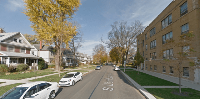 A street with single-family homes on one side and a multi-family building on the other in Oak Park. Credit: Google Maps