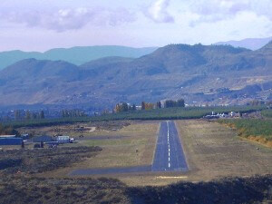 Approach to Anderson Field Airport, Brewster, WA
