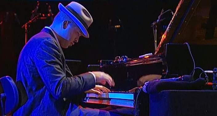 "Jason Moran playing ""Ringing my phone"""