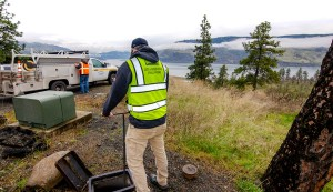 Mosier and Hood River agreement on water meters